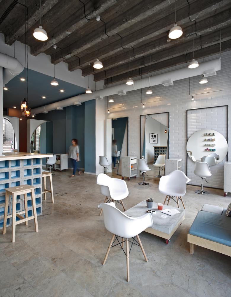 OD Blow Dry Bar beauty salon interior